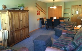 Griz Inn Fernie – 2-Bedroom Apartment – Unit 210 Living Room