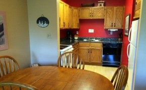 Griz Inn Fernie – 2-Bedroom Apartment – Unit 211 Kitchen