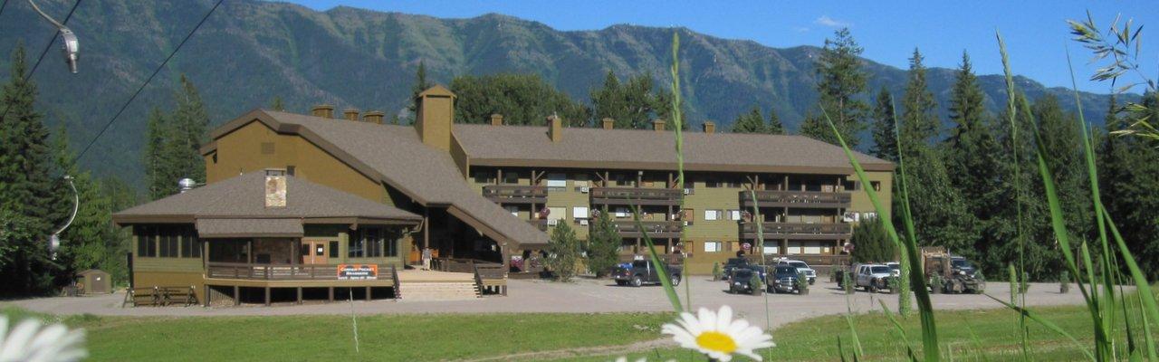 Griz Inn Fernie Bc Hotel And Inium Accommodations At Alpine Resort